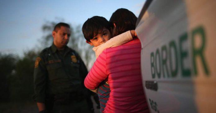 Política de tolerância zero separou 2 mil crianças Photo NIJC Twitter