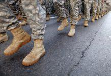 U.S. Army está sendo acusado de dispensar imigrantes FOTO AP