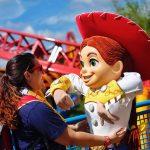 Aline na Toy Story Land (Foto: Rodrigo Barranco)