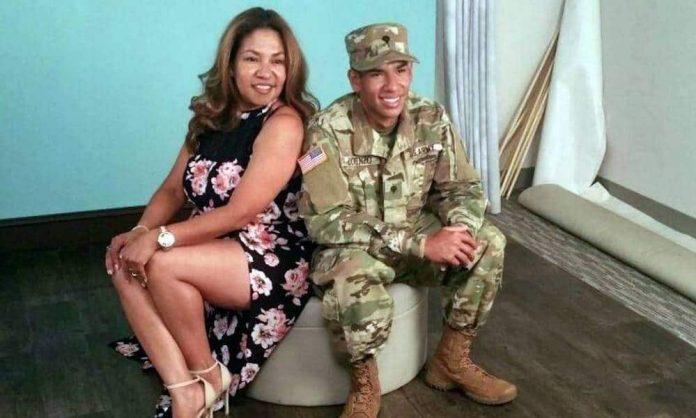 Fanny Lorenzo e seu filho americano. Ela foi deportada para a Nicarágua