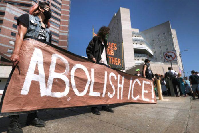 Manifestação contra o ICE