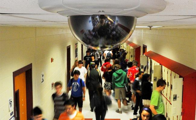 Segurança nas escolas de Broward foi reforçada