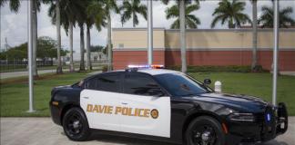 Polícia de Davie prendeu brasileiro nesta terça-feira