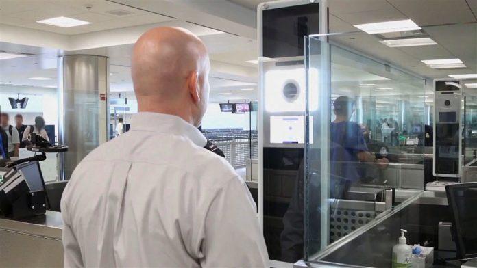 Medida irá dificultar contratação de mão-de-obra especializada de fora dos EUA (foto: flickr)