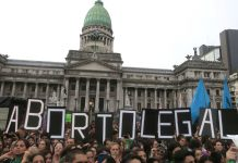 A interrupção voluntária da gravidez é crime na Argentina, a não ser em casos de estupro e que ofereçam risco à vida da mãe