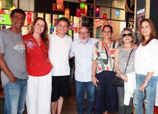 Hélio de La Peña, Viviane Spinelli, Danton Mello, Cacá Diegues, Adriana Dutra, Betty Faria e Claudia Dutra. (Foto: Liz Wood)