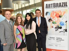 Embaixador Adalnio Senna Ganem, Jaye Abbate, Presidente do Artserve, Jade Matarazzo fundadora do ArtBrazil e o prefeito de Fort Lauderdale Dean Trantalis, na noite VIP do Art Brazil