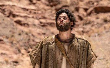 Dudu Azevedo interpreta o messias na novela Jesus