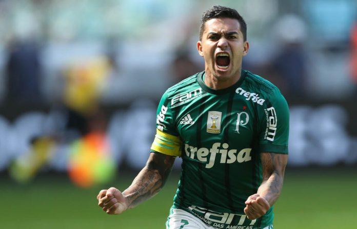 Dudu, melhor jogador do Brasileirão 2018, fez um golaço