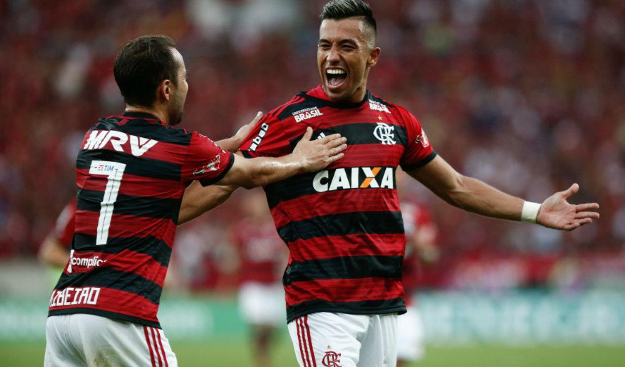 O colombiano Uribe abriu o caminho para a vitória do Flamengo sobre o Grêmio