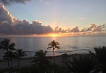 Praia de Deerfield Beach FOTO Marilyn Greenberg