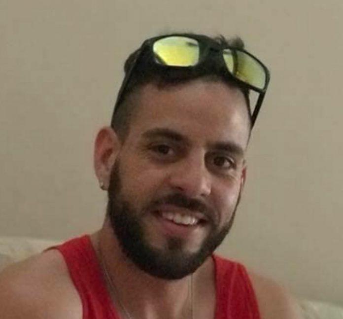 Rafael portava uma carteira de motorista emitida em Nevada e o passaporte brasileiro quando foi detido na Louisiana FOTO GoFundMe
