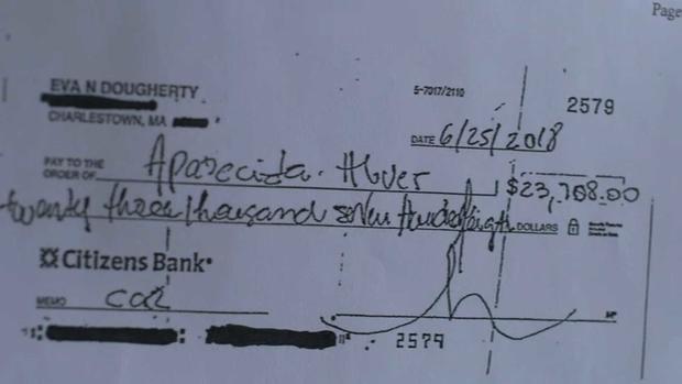 Um dos cheques falsificados chegou a $23 mil