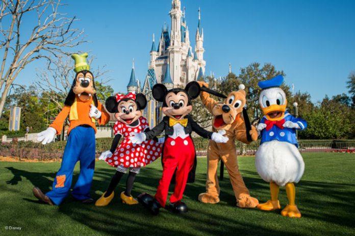 Disney World nega que tenha planos de ir para o Brasil