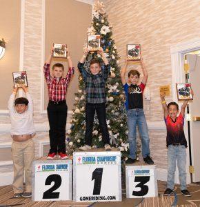 Os cinco melhores colocados na categoria de 5 a 8 anos; à direita Raphael Gonçalves que ficou na 5ª colocação