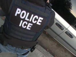 ICE realiza operação em fábrica de armas na Carolina do Norte