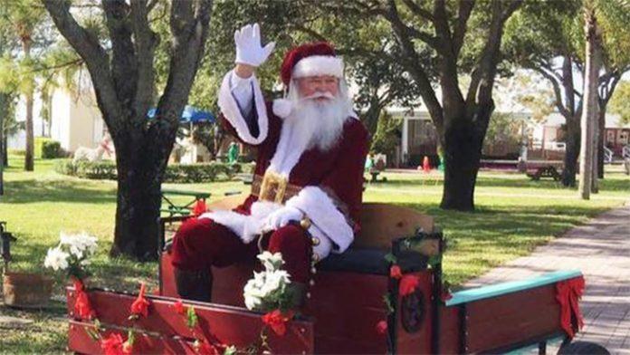 O Papai Noel vai estar no Yesteryear Village em West Palm Beach