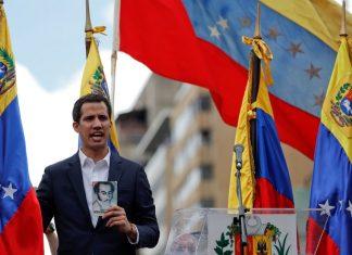 Juan Guaidó se declarou presidente interino da Venezuela Foto: Reuters/Carlos Garcia Rawlins