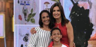 Carla Mendes, o filho Bernardo e apresentadora Fátima Bernardes no programa Encontro da TV Globo