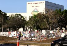 Escola foi alvo de massacre em 14 de fevereiro de 2018 REUTERS/Mary Beth