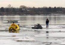 Jet ski pilotado pelo brasileiro ficou preso no gelo e ele foi detido