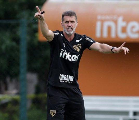 O técnico Wagner Mancini tentará classificar o São Paulo para as semifinais do Paulistão