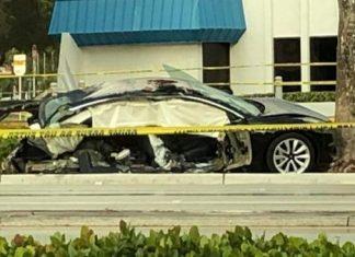 Tesla ficou completamente destruído em acidente