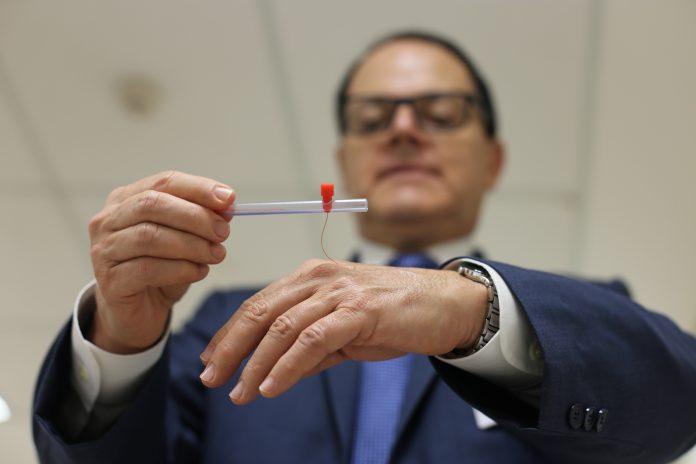 Microcirurgião plástico Fausto Viterbo