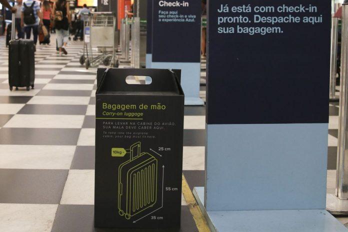 Bolsonaro tem até o dia 17 de junho para vetar ou sancionar gratuidade das bagagens (Foto: Roverna Rosa/Agência Brasil)