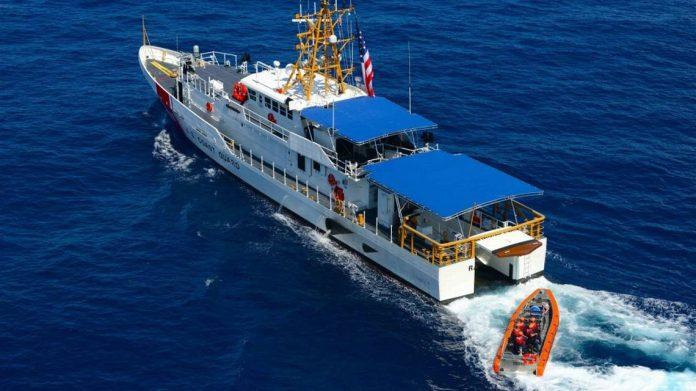 Guarda Costeira auxiliou no socorro da vítima, mas não adiantou FOTO US Coast Guard
