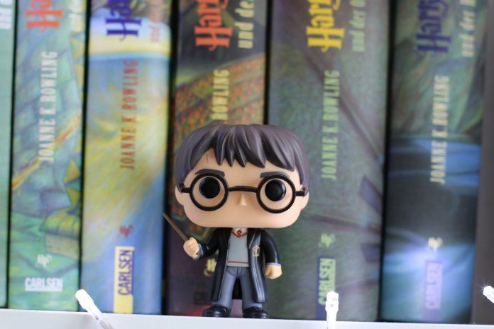 Os fãs do bruxo mais famoso do mundo já podem comemorar: o site Pottermore, anunciou o lançamento de quatro novos livros (Foto: Dzenina Lukac/Pexels)