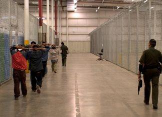 Imigrantes detidos na fronteira dos EUA com o México podem ser enviados para a FL FOTO Customs and Border Patrol