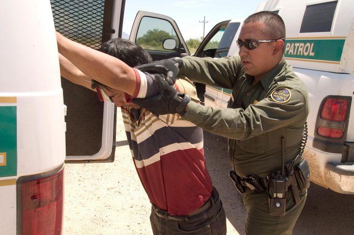 Número de imigrantes detidos na fronteira é alarmante FOTO CBP