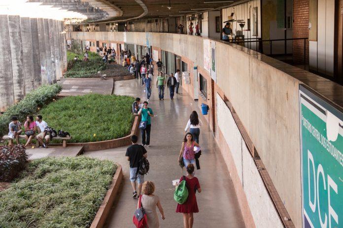 A Universidade de Brasília (UnB) foi palco de manifestações públicas contra a medida (Foto: Mariana Costa/Flickr)