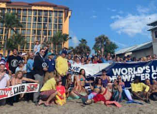 Mergulhadores se reuniram para bater recorde em Deerfield Beach
