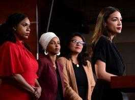 As democratas Ayanna Pressley, Ilhan Omar, Rashida Tlaib e Alexandria Ocasio-Cortez (Foto REUTERS - Erin Scott)