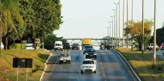 os radares fixos não entram nessa suspensão, pois o governo tem contratos com empresas que operam esses equipamentos (Foto: Agência Brasília/Wikimedia Commons)