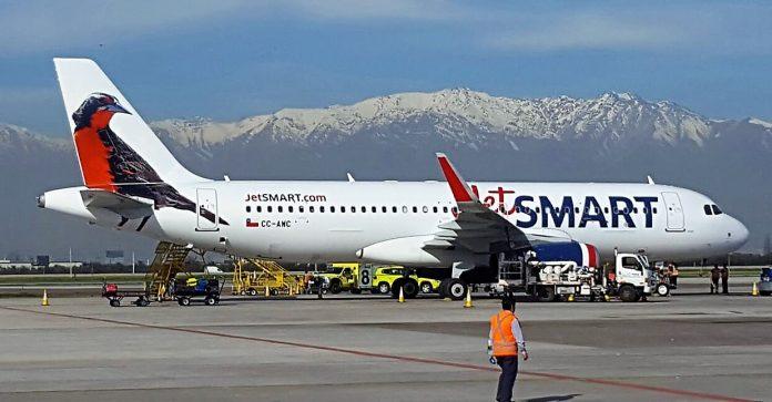 A JetSmart pertence ao fundo americano Indigo Partners (Foto: Wikimedia Commons)