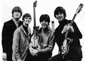 """""""Agora estamos todos nela"""", vibrou Ringo, baterista na época dos Beatles, confessando que ficou comovido ao ouvir a versão final da canção (Foto: Divulgação/EMI)"""