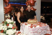 Karina e Roberto Brederode comemoram aniversário dela