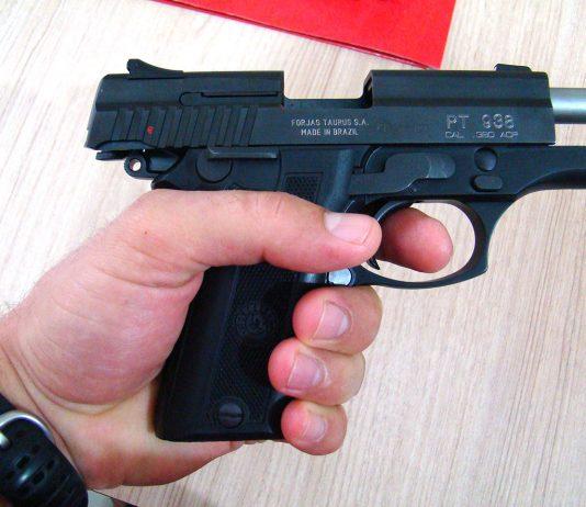 Fabricante brasileira vai dobrar sua produção de armas (Foto: Thiago Probrema)