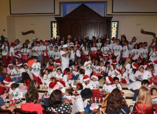 Celebração de Natal da Fundação Vamos Falar Português