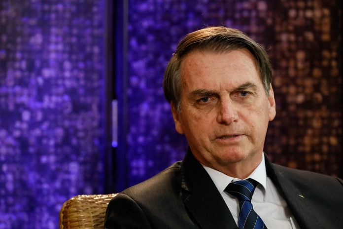 Bolsonaro cancelou a ida a Davos e será representado pelo ministro da Economia, Paulo Guedes (Foto: Isac Nóbrega – Palácio do Planalto)