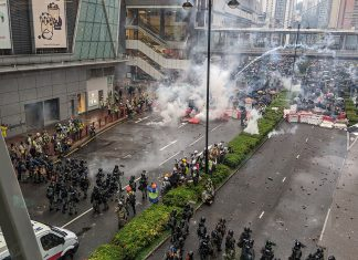 As manifestações em Hong Kong têm levado o caos para as ruas (Foto: Studio Incendo - Wikimedia)