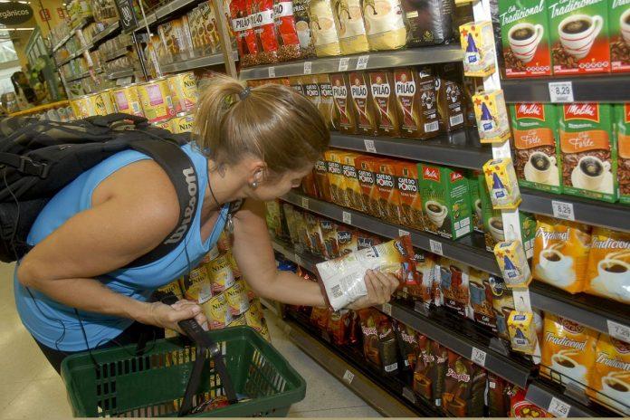 Setores de alimentação e recreação registraram decréscimo nas taxas de variação, o que ajudou a baixar a inflação (Foto: Empresa Brasil de Comunicação)