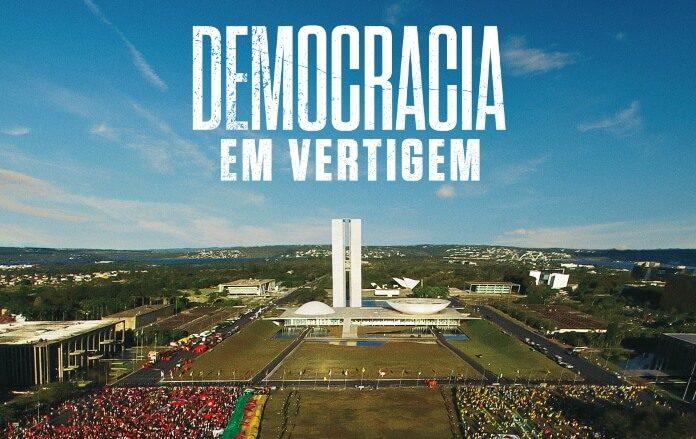 'Democracia em Vertigem',longa brasileiro dirigido por Petra Costa