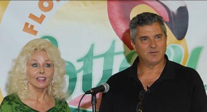 Maureen Smith e David Kaltschmidt, vencedores em 2016, são uma prova que a Flórida dá sorte aos apostadores. (Foto: Divulgação – Florida Lottery)