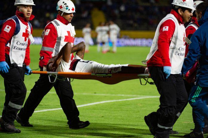 Empate do Flamengo em Quito teve sabor amargo, com as contusões de Bruno Henrique (foto) e Rodrigo Caio (Foto: Alexandre Vidal/Flamengo)