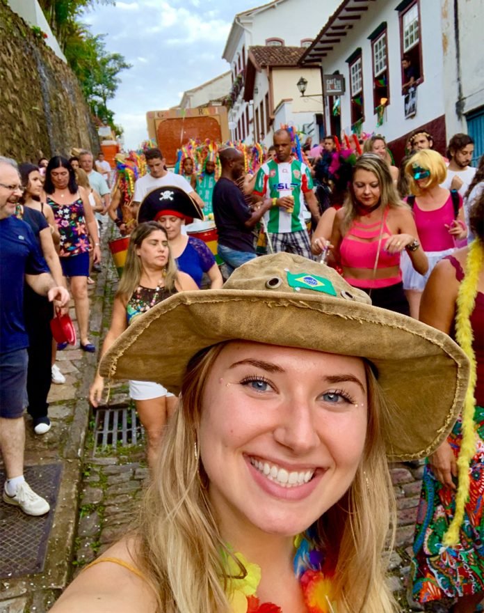 Caroline Zapert em suas andanças pelo Brasil