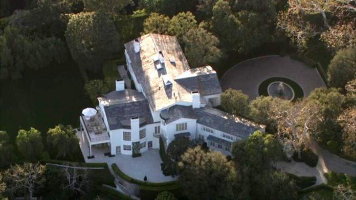 Mansão do dono da Amazon é avaliada em $165 milhões (Foto: Reprodução imagem ABC)
